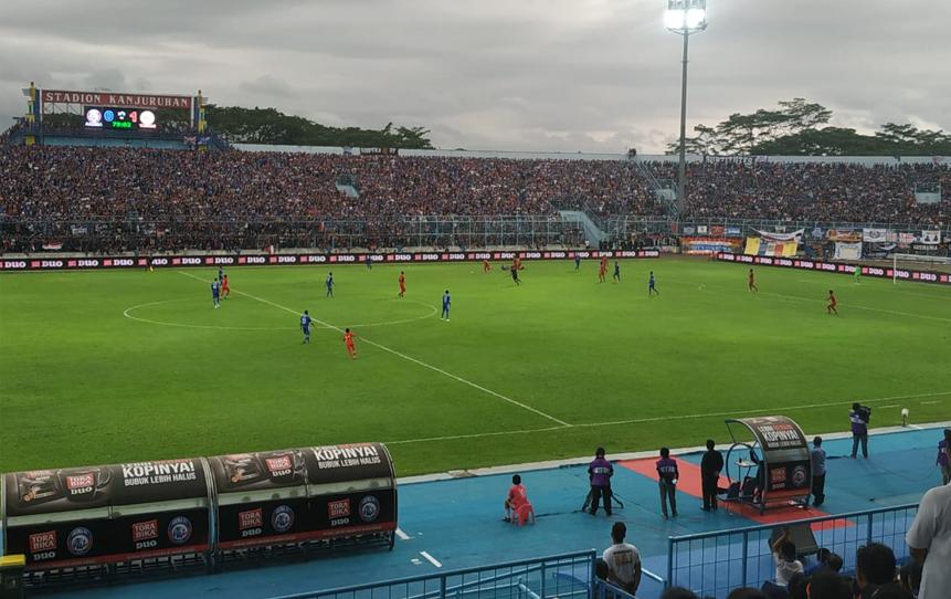 Suasana pertandingan Arema FC melawan Timnas Indonesia U-22 (Hendra Saputra)
