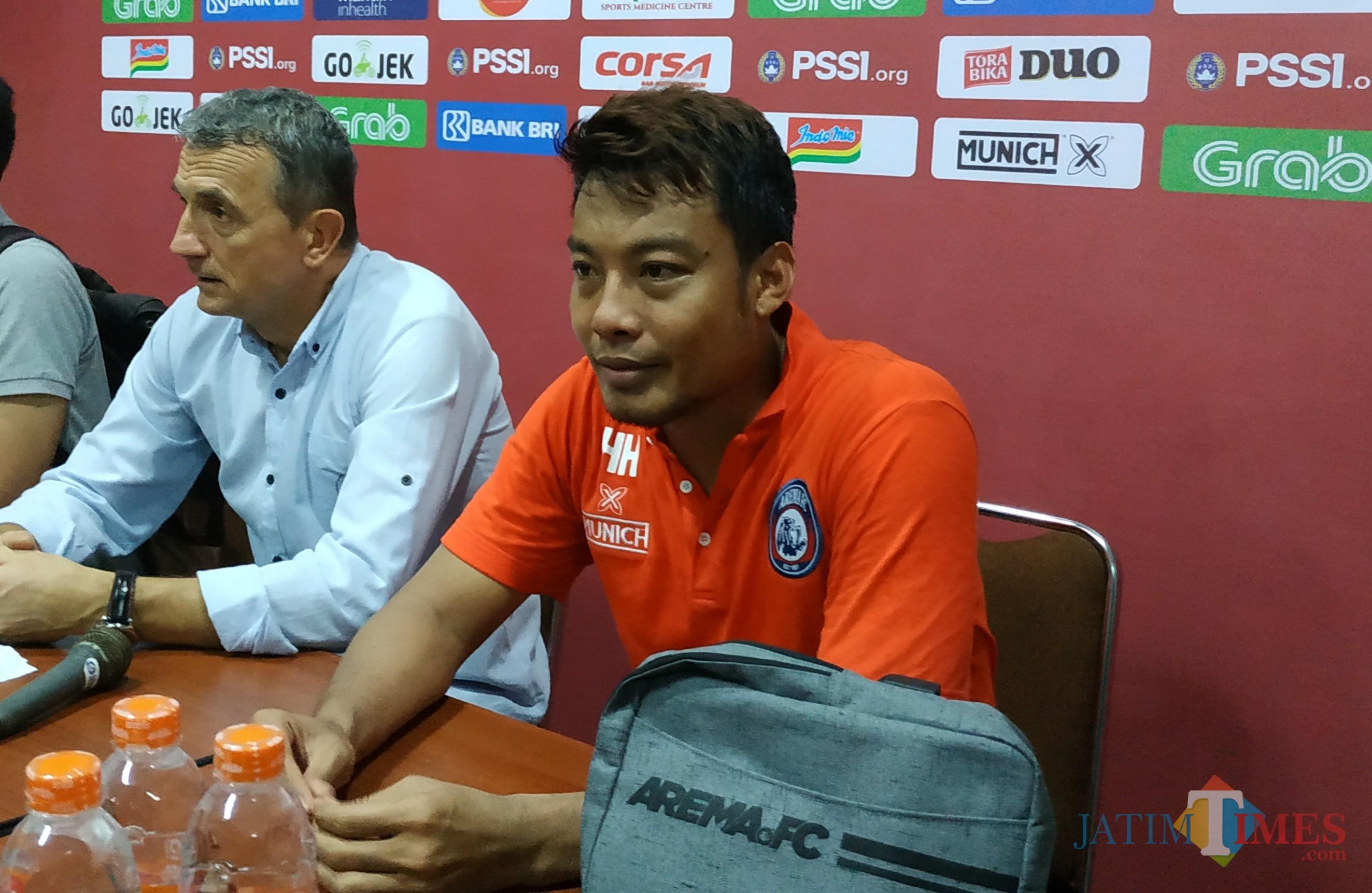 Kapten Arema FC, Hamka Hamzah (Hendra Saputra)