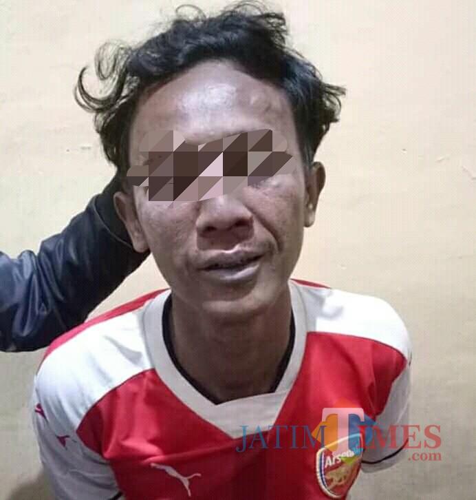 Arianto, tersangka curanmor di Ngantru saat diamankan petugas (Foto : Ali / TulungagungTIMES)