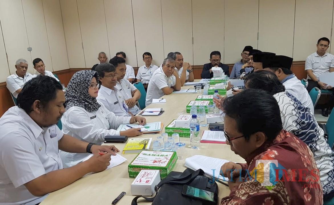 Rapat konsultansi dengan Pemprov Jatim.
