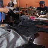 Gunakan Bahan Denim Premium, Jeans Asal Malang Ini Dipasarkan Hingga ke 3 Benua