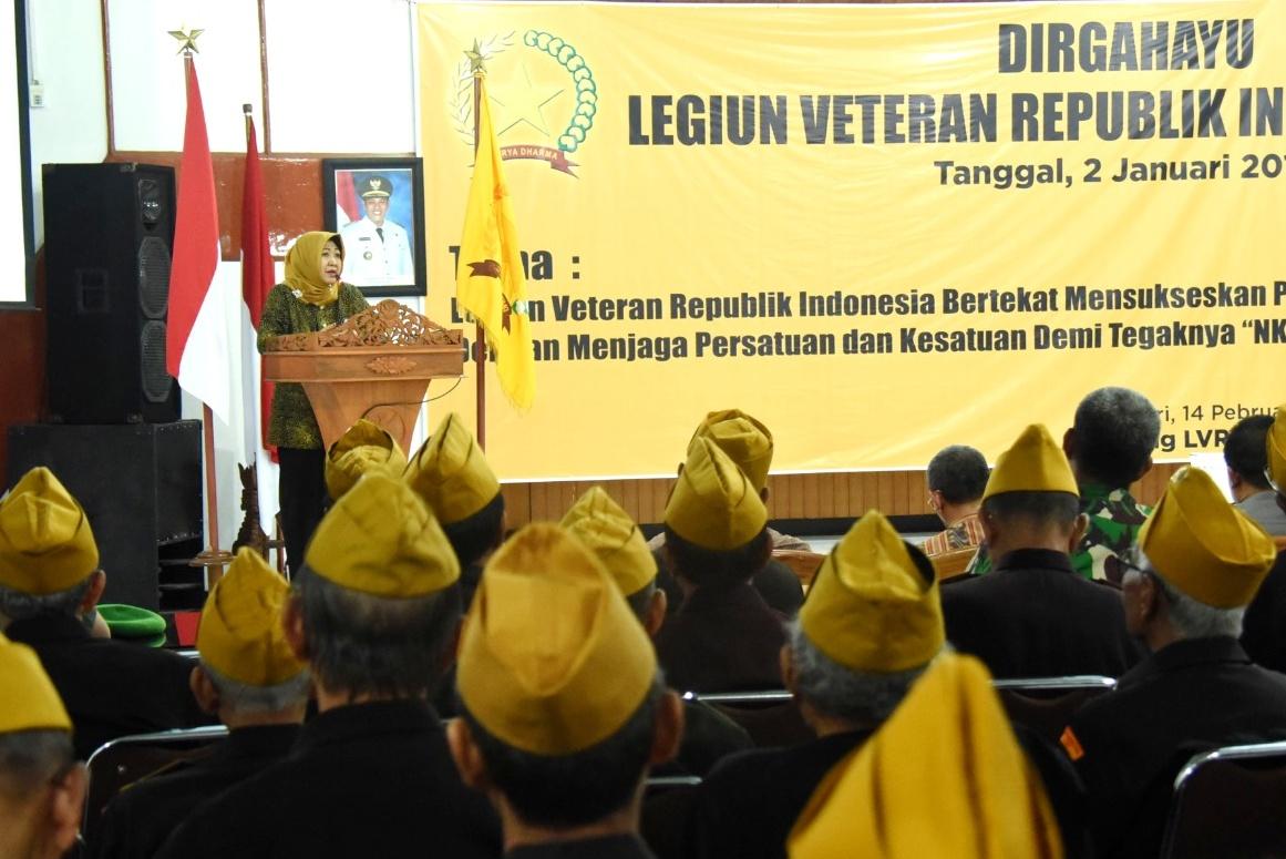 Suasana yang hangat dalam peringatan dirgahayu ke-62 Legiun Veteran Republik Indonesia (LVRI)  di Balai Kota Kediri. (Foto: Ist)