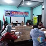 Konferensi Pers LBH Surabaya