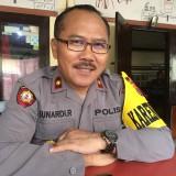 Kabag Ops Polres Malang, Kompol Sunardi Riyono saat mengklarifikasi kasus penipuan yang mencatut namanya, Kabupaten Malang (Foto : Ashaq Lupito / MalangTIMES)