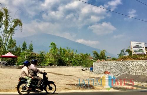 Saat ini sedang dalam proses pembangunan rest area di Dusun Gerdu Desa Pandanrejo Kecamatan Bumiaji. (Foto: Irsya Richa/BatuTIMES)