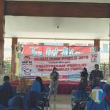 Komisioner KPU Kab Blitar berikan materi sosialisasi kepada pemilih pemula.(Foto : Team BlitarTIMES)