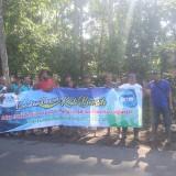DLH Kabupaten Blitar gelar kali bersih bersama warga Desa Bangle.(Foto : Aunur Rofiq/BlitarTIMES)