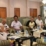 Bupati Jember dr. Hj. Faida MMR saat menerima kunjungan jajaran Perhutani Jember di Aula Tamyaloka Pendopo Pemkab Jember (foto : istimewa / Jatim TIMES)