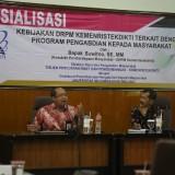 Kasubdit Pemberdayaan Masyarakat Kemenristekdikti, Suwitno, S.E. MM. (kiri). (Foto: Aan Humas)