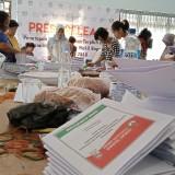 surat suara yang disortir dan dilipat di KPU Tulungagung (foto : Joko Pramono/ JatimTIMES)