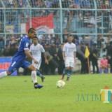 Hendro Siswanto saat berlaga di stadion kanjuruhan lawan Persib Bandung