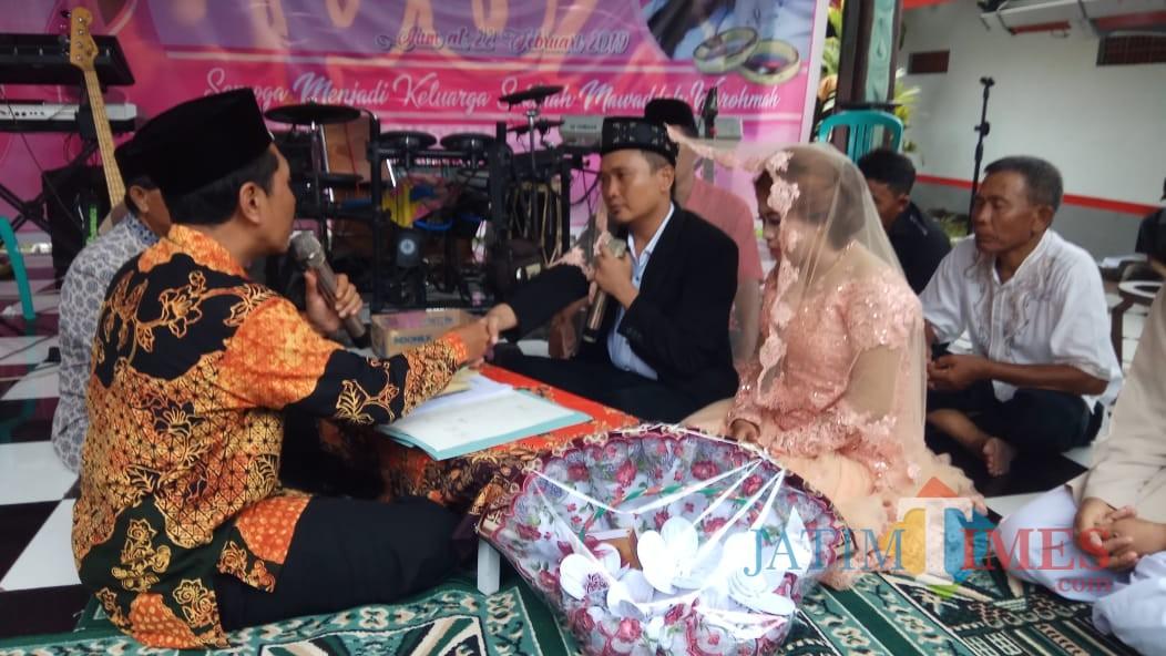 Hadi Purnomo dan Febrina Eka Kristanti melaksanakan Ijab Qobul di Lapas Banyuwangi