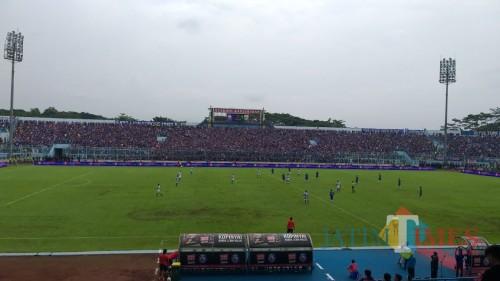 Suasana pertandingan Arema FC melawan Persib Bandung, Jumat (22/2/2019) (Hendra Saputra)