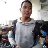 Eko Prasetyo saat diwawancarai oleh awak media (foto:  Joko Pramono/JatimTIMES)