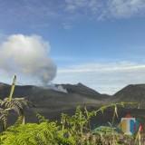 Suasana kawasan wisata Gunung Bromo dari pos pengamatan PVMBG, beberapa waktu lalu. (Foto: Nurlayla Ratri/MalangTIMES)