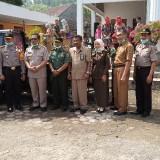 Forkopimda berfoto bersama di depan ULV (foto: Joko Pramono/Jatim Times)