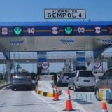 Gerbang tol Gempol yang mendukung investasi di Kabupaten Pasuruan.