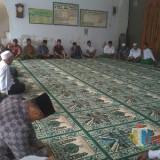 Kegiatan yang di duga berbau kampanye di dalam masjid di Jabalsari (Foto : Istimewa/TulungagungTIMES)