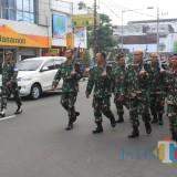 Prajurit Kodim 0818/Blitar bersamangat olahraga jalan sehat