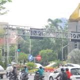 Traffic light di Surabaya yang juga sudah dilengkapi voice.