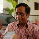 Diadukan ke Polisi, Kakek Kampret Menghilang, Mahfud MD : Alat Kepolisian Itu Canggih, Jalan Terus
