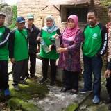 Warga Keluhkan Bau Limbah RS, Forum Kecamatan Sehat Ambil Sampel Air untuk Uji Lab