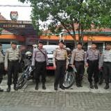 Panas Jelang Pencoblosan, Polisi Perketat Penjagaan Logistik Pemilu dan Kantor KPU