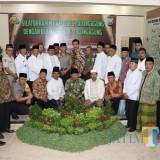 Kapolres Tulungagung AKBP Tofik Sukendar bersama Ulama Se Kabupaten Tulungagung / Foto : Anang Basso / Tulungagung TIMES