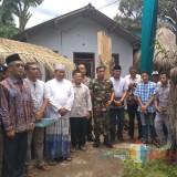 Pemuda Penanggungan saat menerima kunjungan Bupati Bondowoso KH Salwa Arifin (Foto : Indra/BondowosoTIMES)