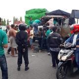 Truk Kecelakaan Jalan Raya Jogoloyo Truk mitsubishi bernopol AG 8904 UE Satlantas Polres Jombang