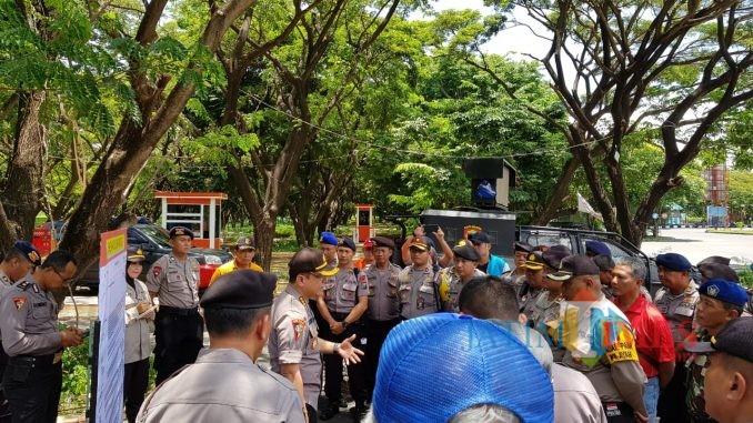 Gladi sispamkota yang dilaksanakan Polda Jatim dan Polrestabes Surabaya.