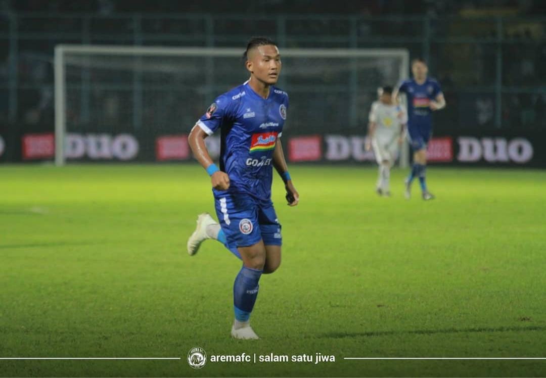 Striker andalan Arema FC, Ahmad Nur Hardianto ketika menghadapi Persita (official Arema FC)