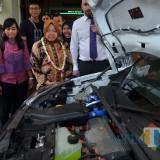 Mobil hidrogen dari Inggris yang dikenalkan ke pelajar