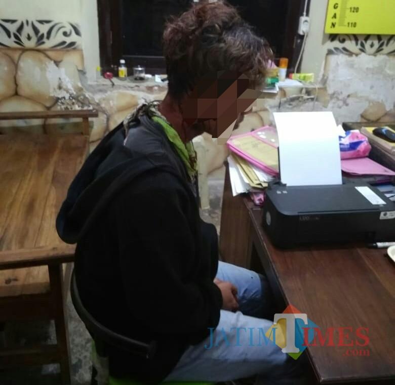Polsek Rejotangan masih melakukan pemeriksaan saksi terkait korban kekerasan suporter. / Foto : Dokpol / Tulungagung TIMES