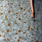 Proses pewarnaan Batik Tulis Celaket bermotif Apel