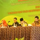 Sekjen MK,  M. Guntur Hamzah (tengah,  baju hitam) (foto: Joko Pramono/Jatim times)