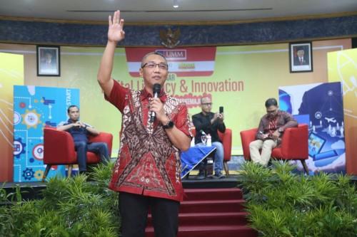 President Director dan CEO IndosatM2 Hari Sukmono. (Foto: Rino/Humas)