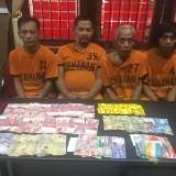 Keempat penjudi diamankan polisi Polres Blitar.
