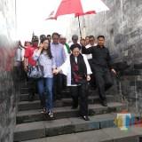 Megawati dan rombongan saat meninggalkan Makam Bung Karno.(Foto : Team BlitarTIMES)
