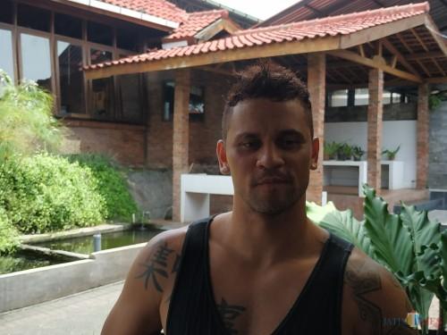 Striker Arema FC Robert 'Gladiator' Lima Guimaraes (Hendra Saputra)