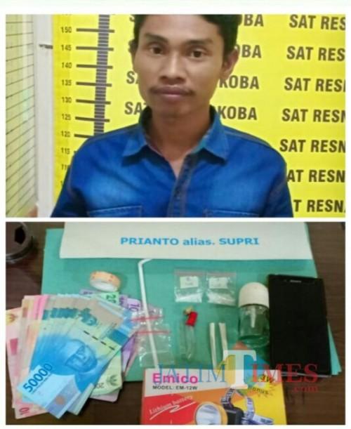 Priyanto alias Supri tersangka beserta barang bukti sabu saat diamankan polisi, Kabupaten Malang (Foto : Humas Polres Malang for MalangTIMES)
