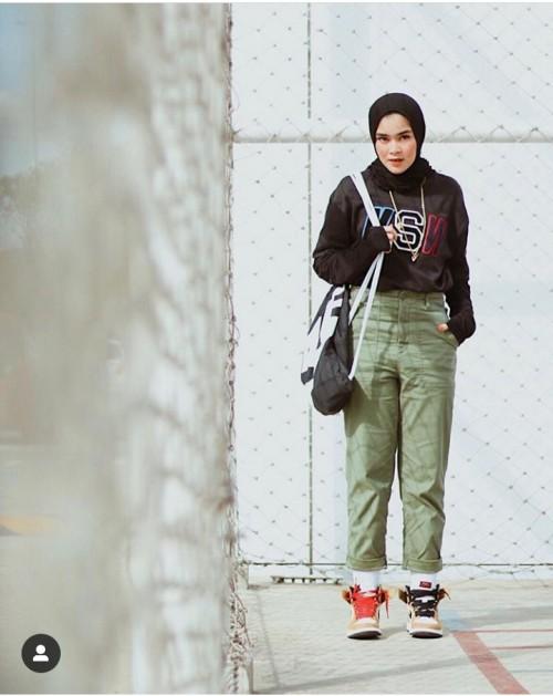 Cantik dengan gaya swag (@siviazizah)