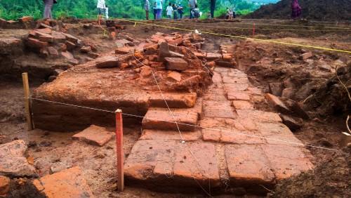 Salah satu struktur situs Sekaran yang sudah diekskavasi.