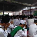 Suasana Khidmad Istighotsah Kubro di GOR Lembu Peteng yang diselenggarakan MWCNU Kabupaten Tulungagung / Foto : Anang Basso /Tulungagung TIMES