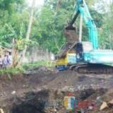 Pertambangan pasir/galian C yang diduga liar di Dusun Krajan Timur Desa Parangharjo Songgon