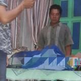 Kondisi Arif sesaat setelah dinyatakan meninggal dunia akibat tersengat listrik / Foto : Istimewa / Tulungagung TIMES