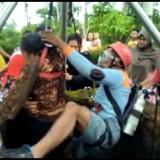 Nenek 70 Tahun Ditemukan Terkapar di Dasar Sumur, Berikut Video Dramatis Saat Mengevakuasi Korban