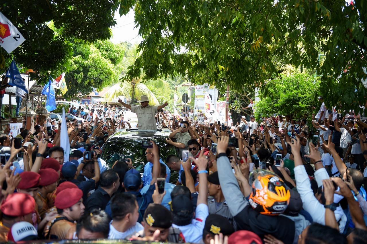 Kampanye terbuka perdana capres 02 Prabowo Subianto di Makassar, kemarin (24/03) (@Gerindra)
