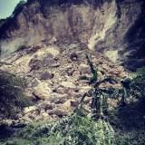 Longsoran Gunung Gamping di Puger yang menimbun satu penambang
