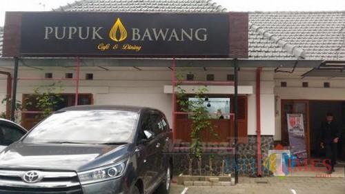 Pupuk Bawang Cafe di Jalan Sudirman nomor 116 Kota Batu merupakan salah satu cafe yang ikut Campaign #byesedotanplastik sejak beberapa bulan lalu (Foto : Yogi Iqbal/MalangTIMES)